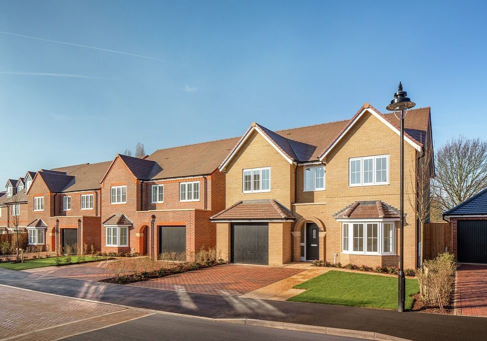 L-R Plots-88, 89, 90, Clover Gate, Potton, Cala Homes North Home Counties